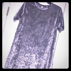 Dresses & Skirts - Silver Velvet dress